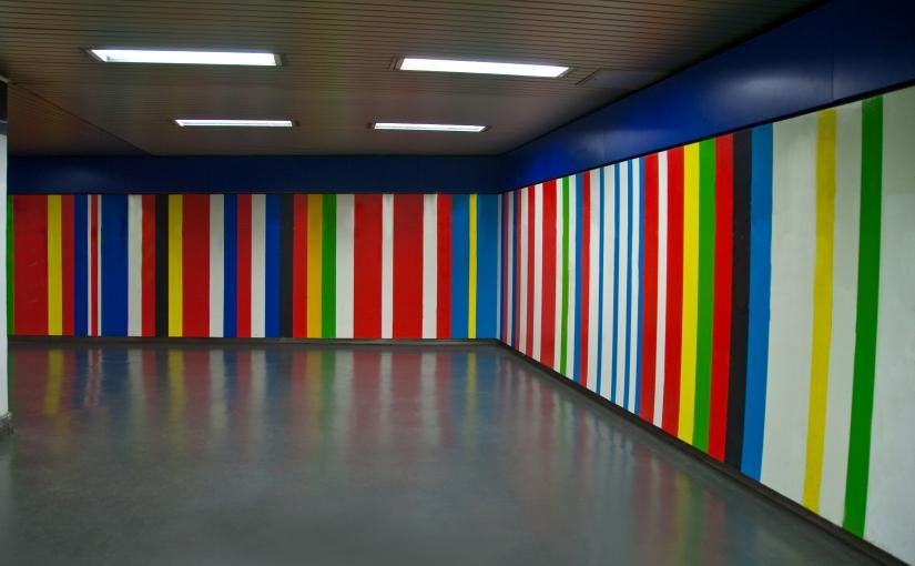 Hallways : Modern ArtSubway