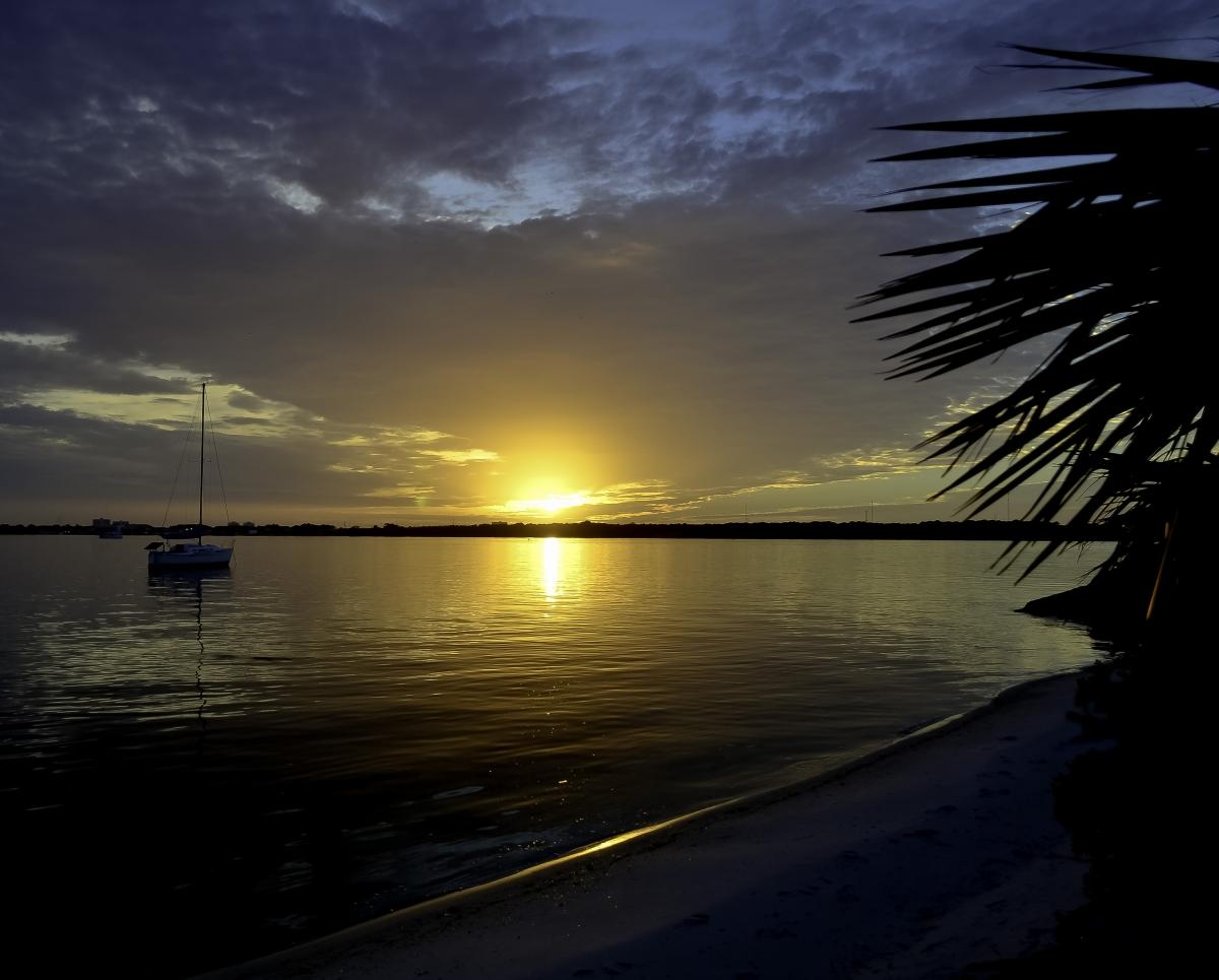 The Sun Sets on theBay