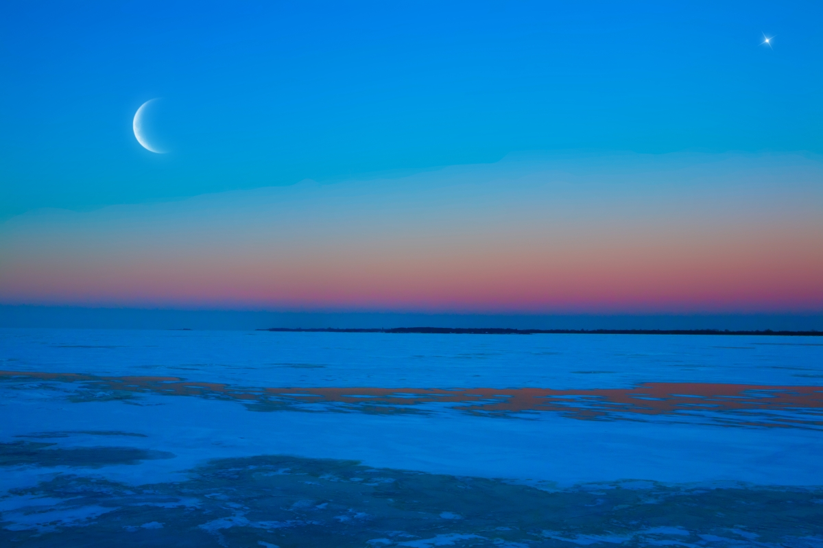 the moon, thestars